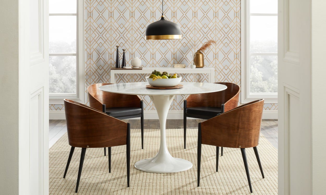 Top 5 Light Fixtures For A Harmonious Dining Room Throughout Warner Robins 3 Light Lantern Pendants (View 15 of 30)