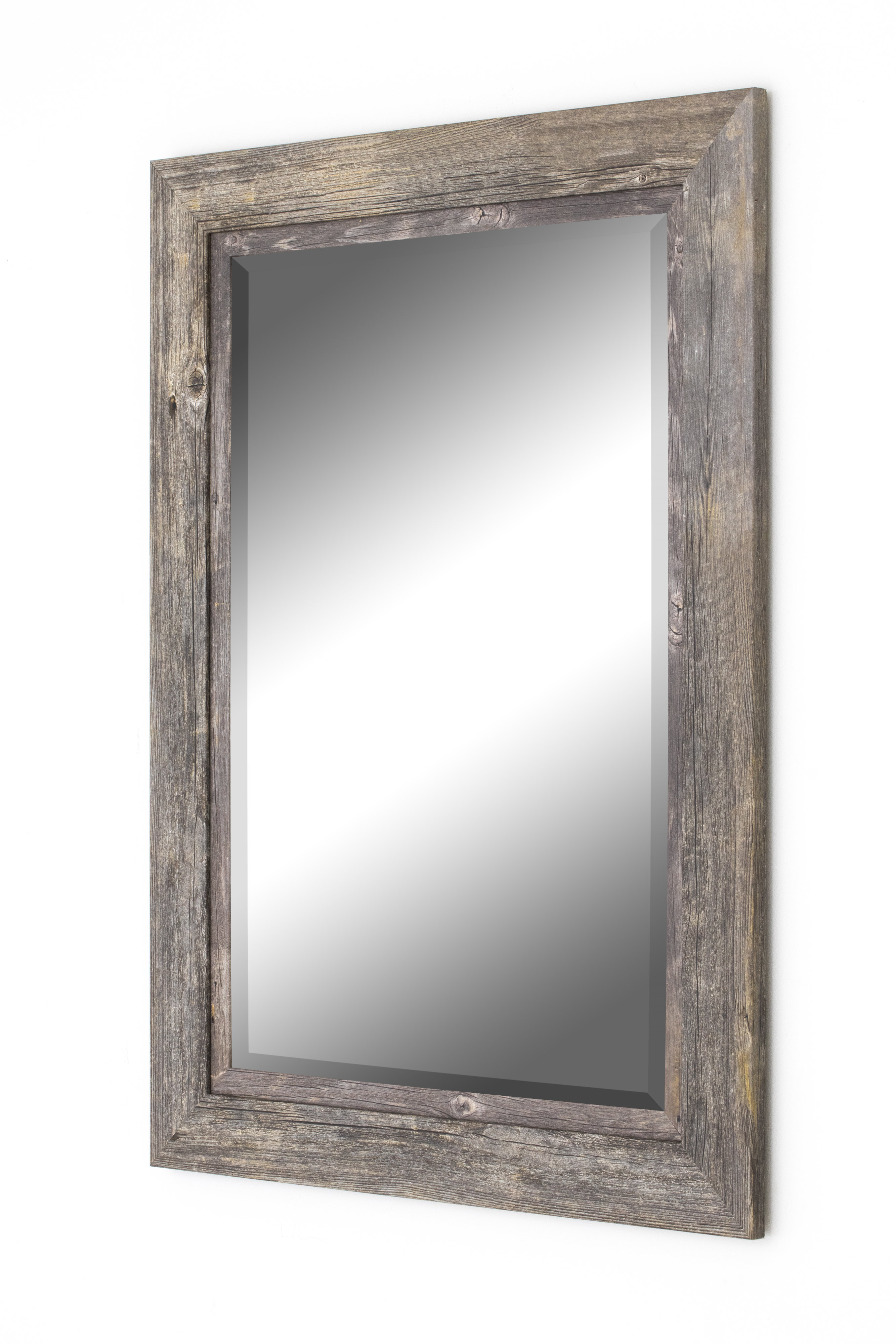 Traditional Beveled Accent Mirror In Traditional Beveled Accent Mirrors (View 4 of 30)
