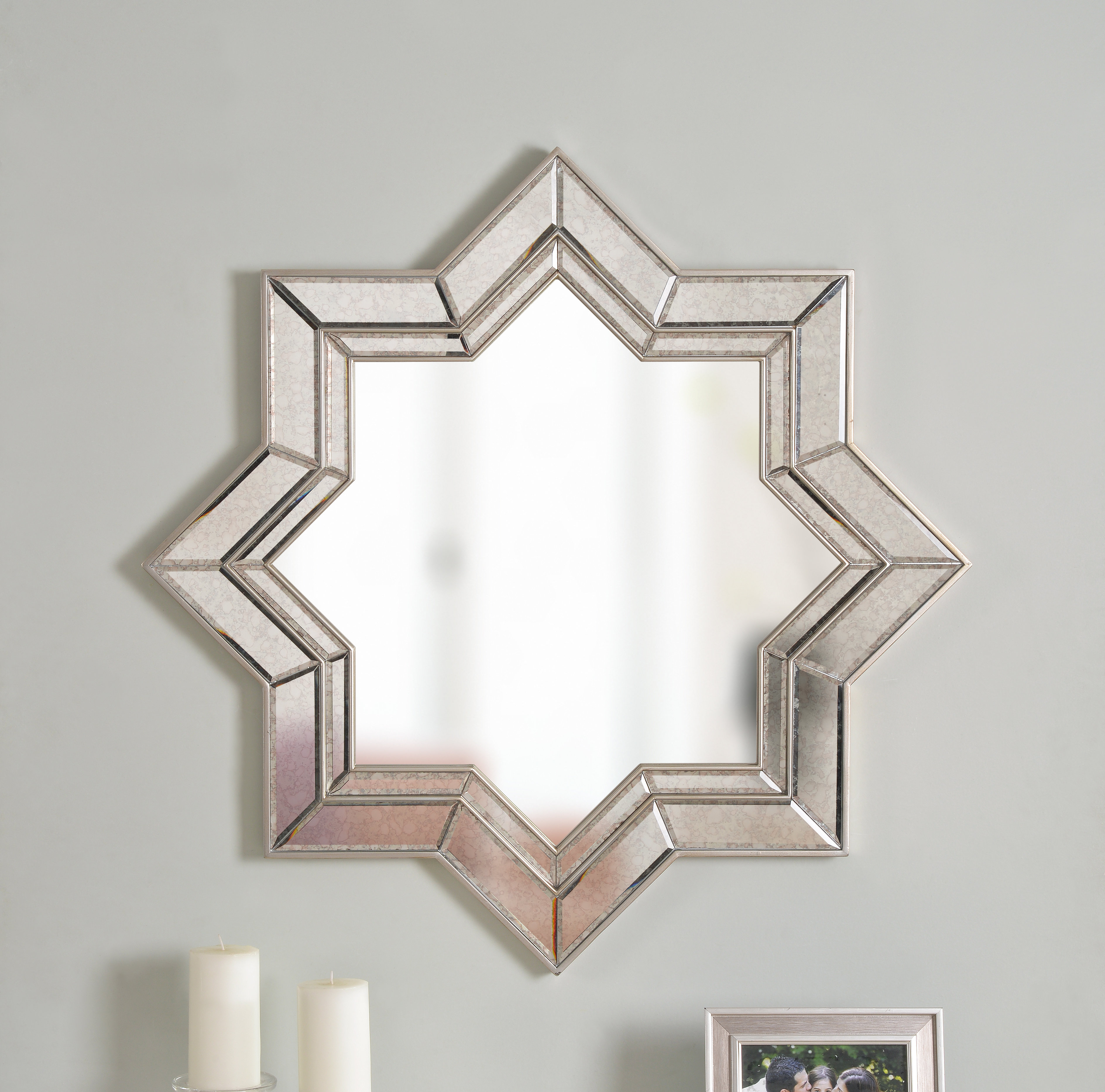 Vess Accent Mirror With Regard To Maude Accent Mirrors (View 6 of 30)