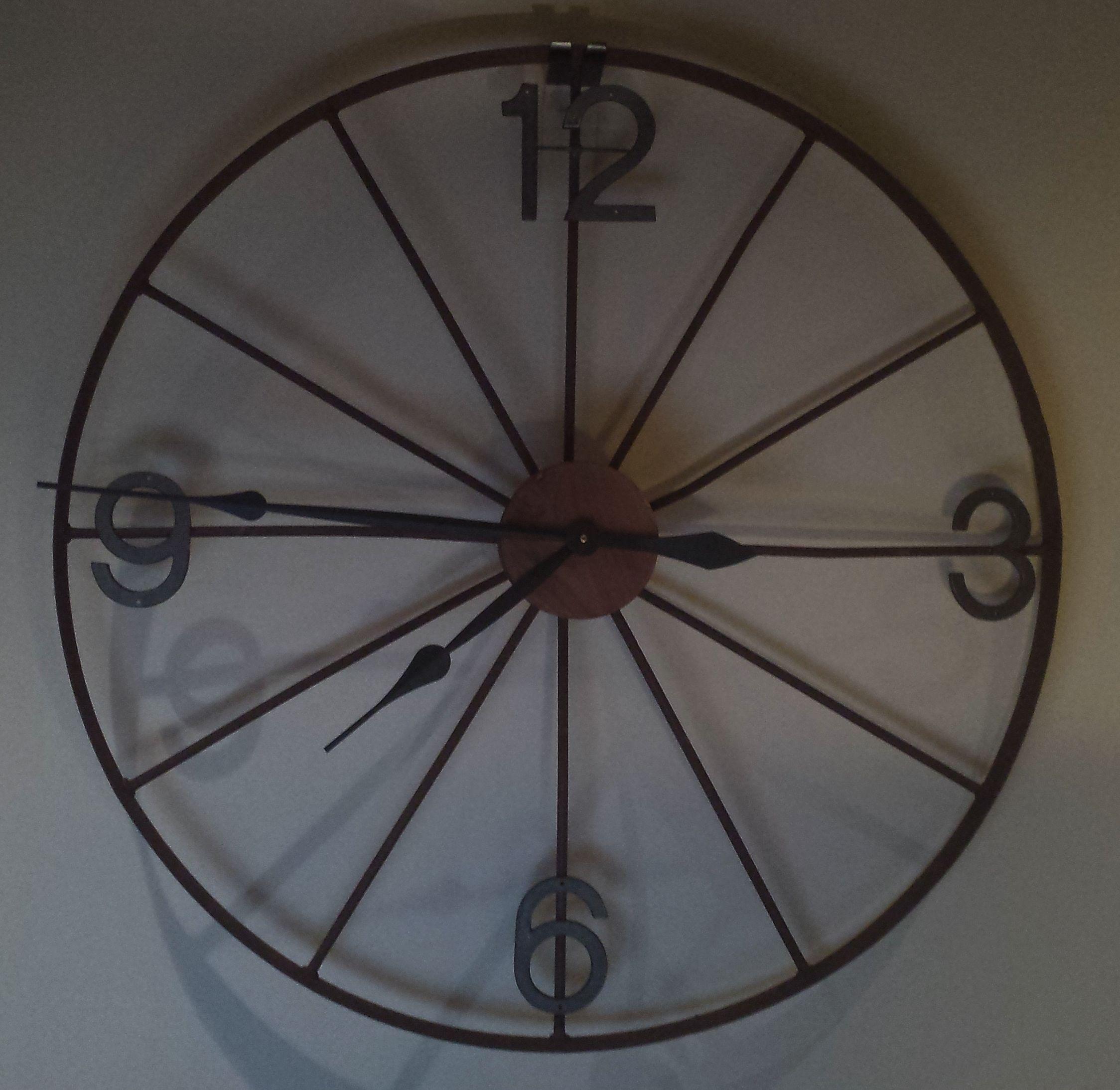 Wagon Wheel Clock | Projects To Try | Wagon Wheel Decor, Diy Throughout Millanocket Metal Wheel Photo Holder Wall Decor (View 30 of 30)