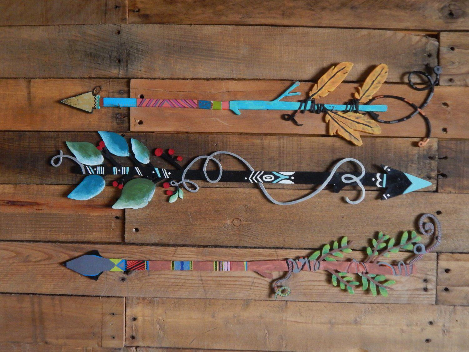 Western Metal Wall Art – Boho Decor – Hand Painted Arrows Inside Brown Metal Tribal Arrow Wall Decor (View 19 of 30)