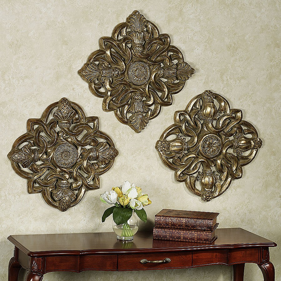White Medallion Wall Art Lovely Decor Set Walls Framed throughout European Medallion Wall Decor (Image 30 of 30)