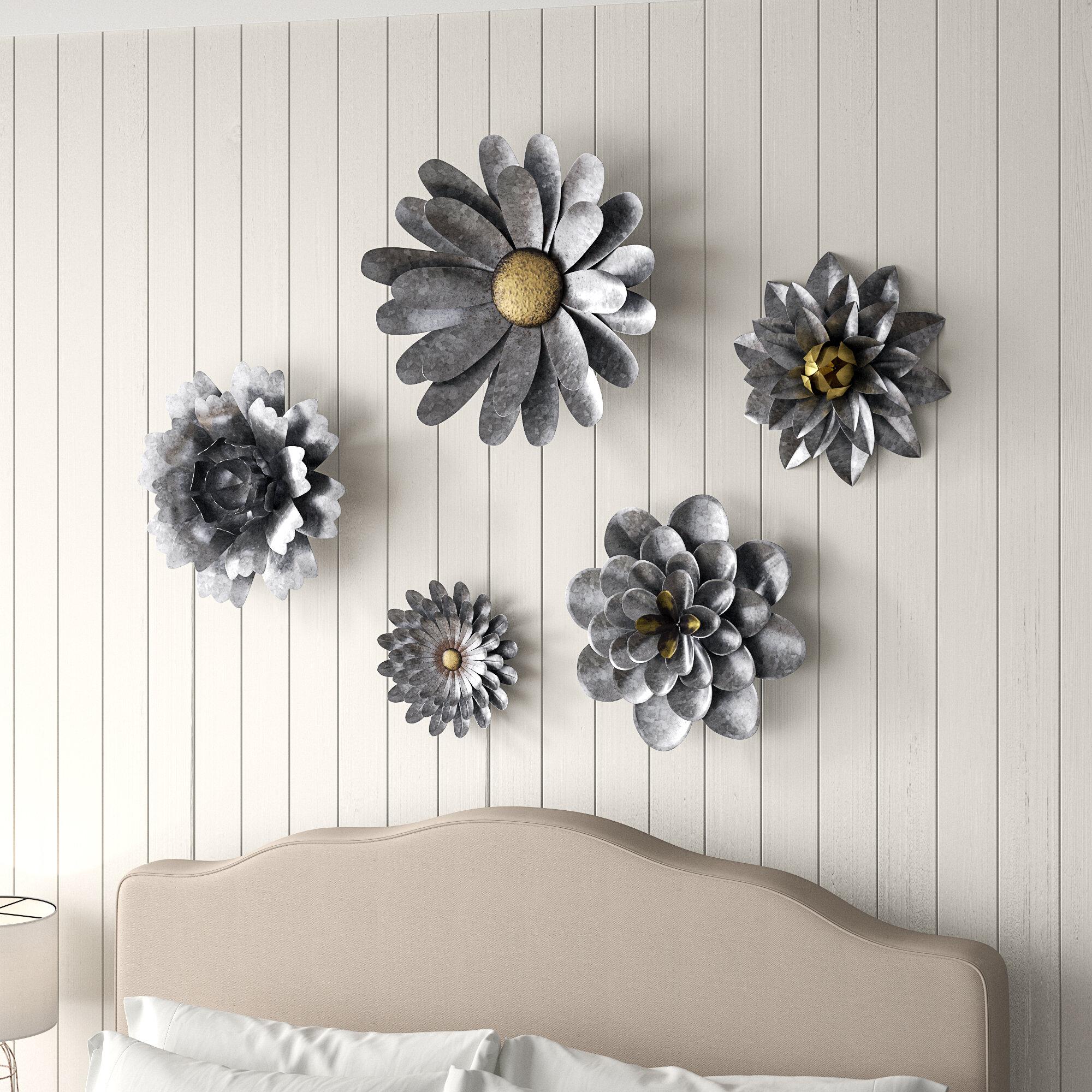 White Metal Flower Wall Art   Wayfair With Regard To Raheem Flowers Metal Wall Decor By Alcott Hill (View 12 of 30)