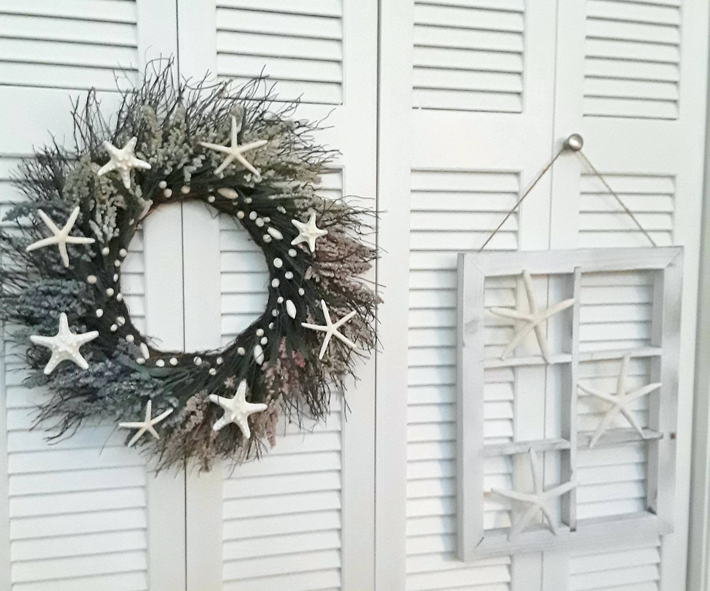 Window Frame Wall Decor Starfish Wreath Rustic Hangings with Old Rustic Barn Window Frame (Image 30 of 30)