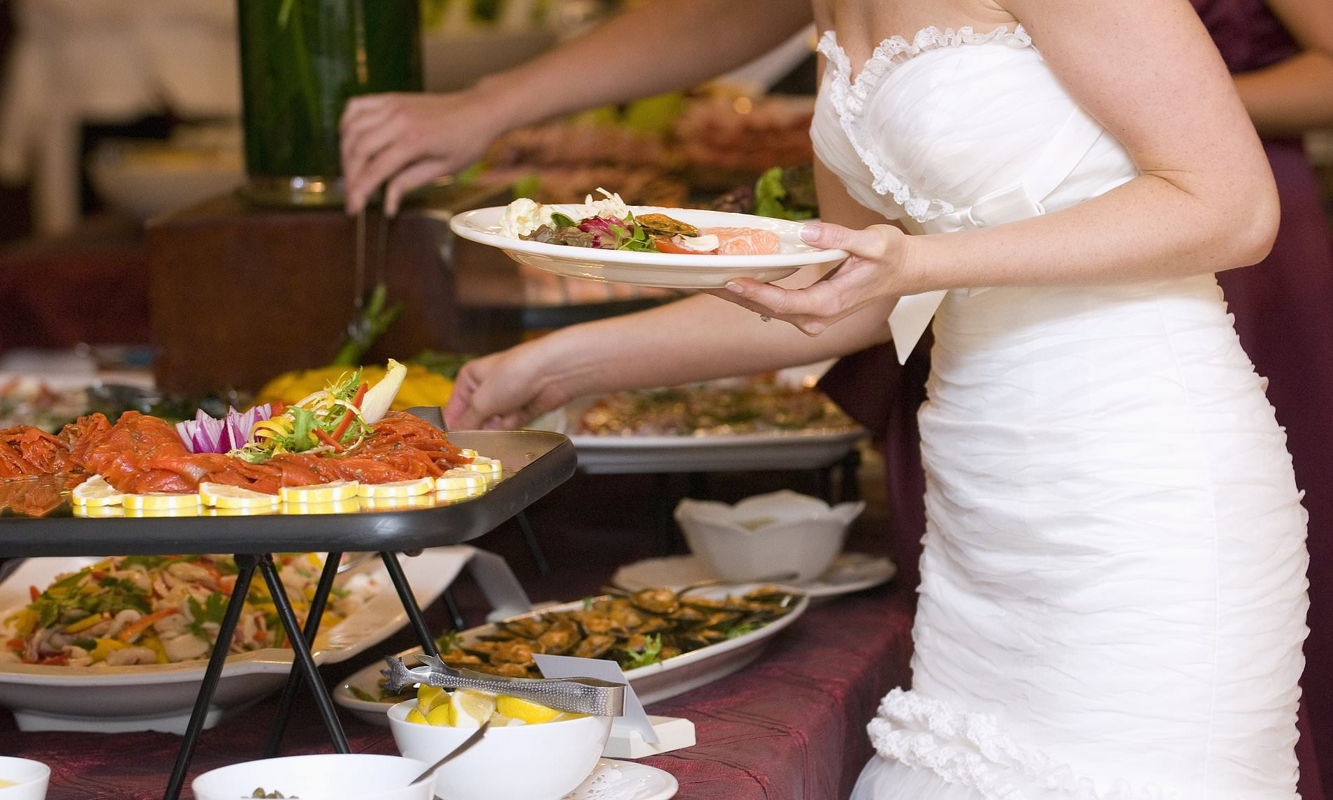 Bride Complains That Wedding Guest Filled Up Ten Plastic For Six Stripes Buffets (View 6 of 30)