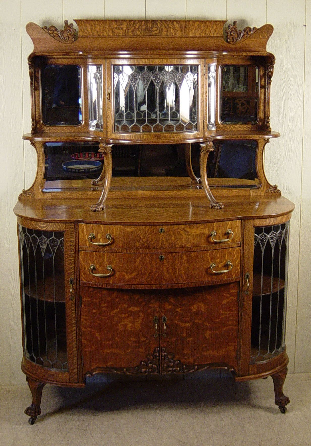 Exceptional Oak Curio Buffet With Curved Leaded Glass With Wooden Curio Buffets With Two Glass Doors (Gallery 10 of 30)