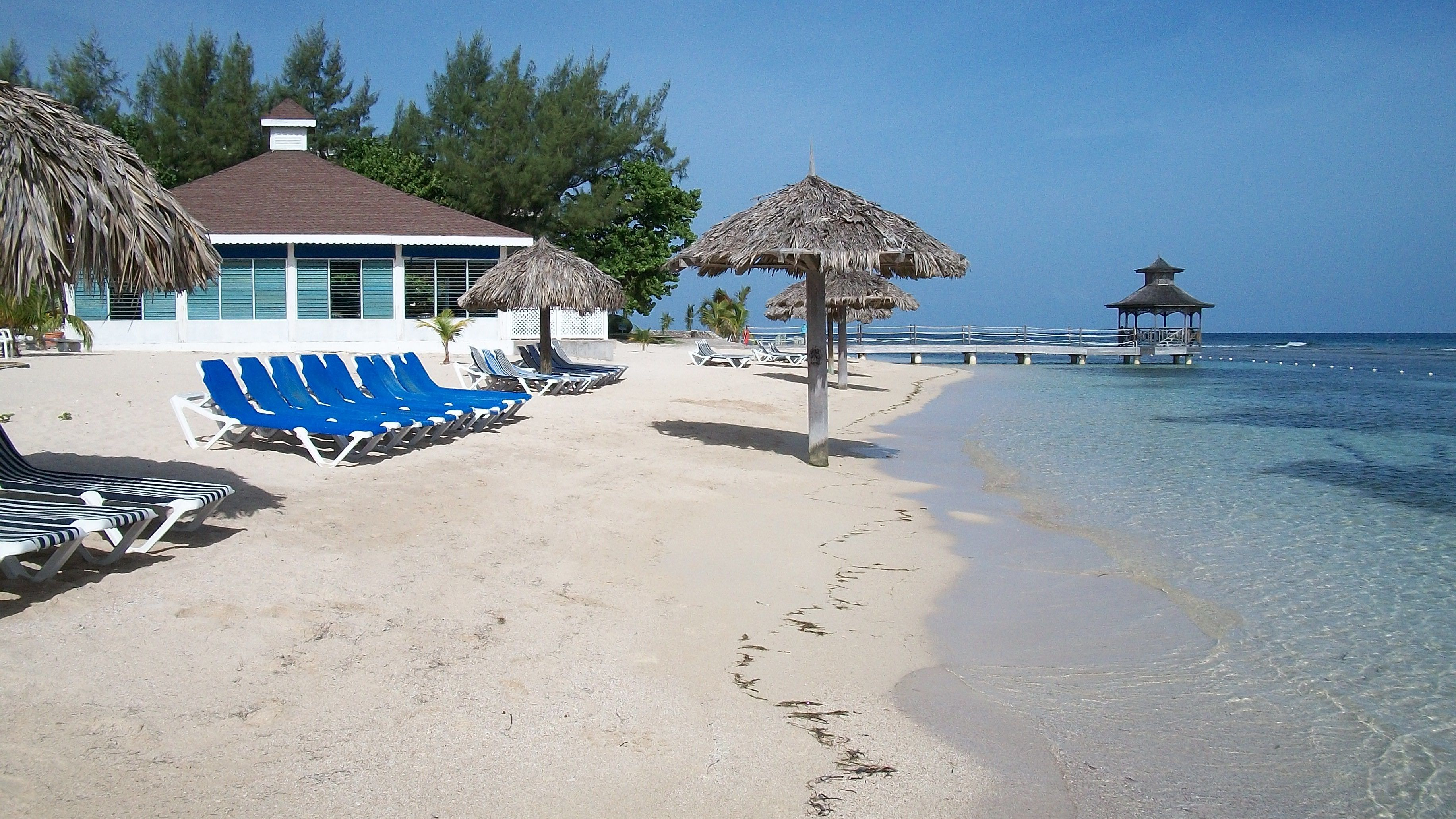 Holiday Inn Resort Montego Bay, Jamaica In Simple Living Red Montego Buffets (View 10 of 30)