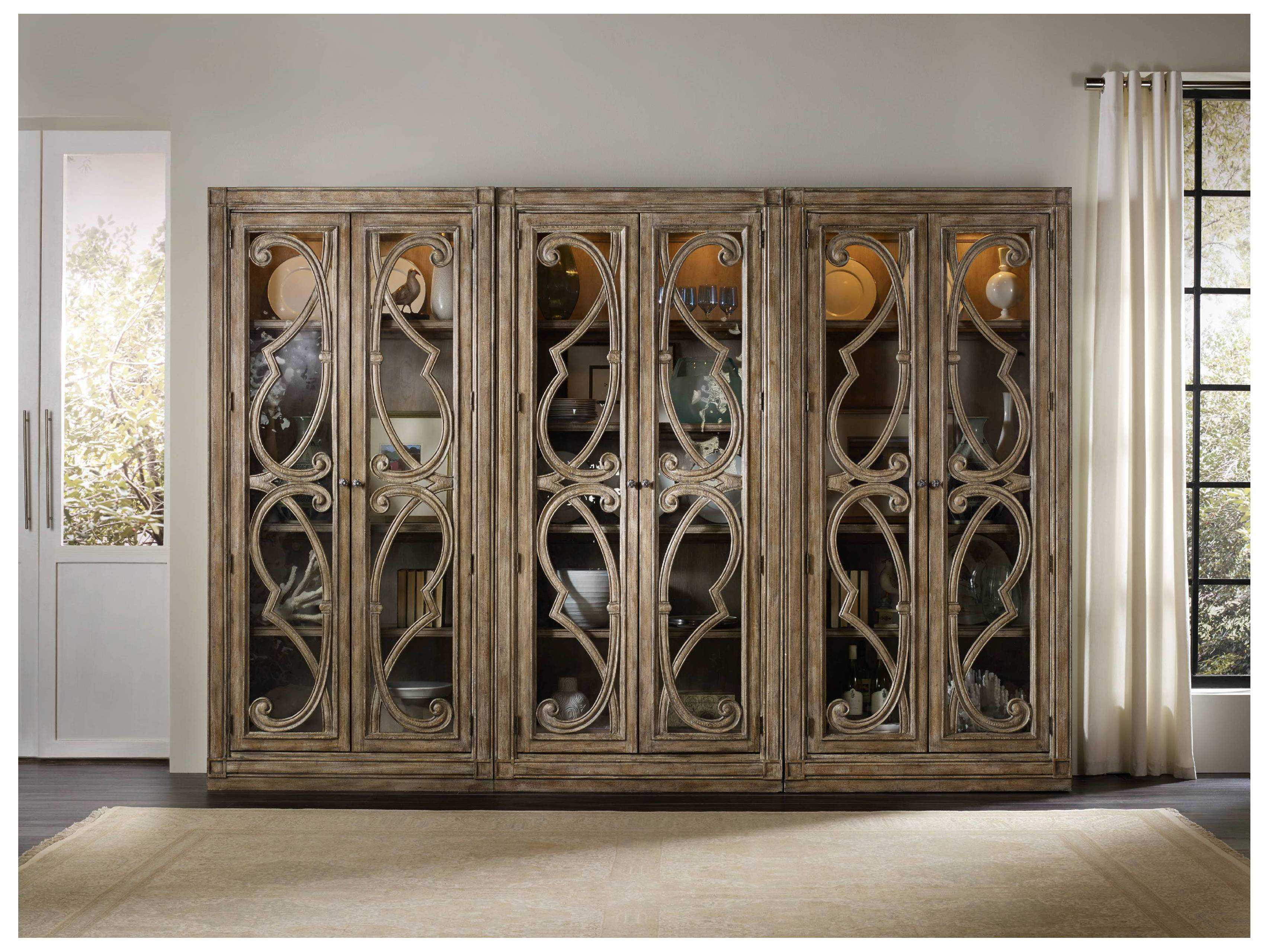 Hooker Furniture Solana Light Wood Bunching Curio Cabinet Inside Solana Sideboards (View 11 of 30)