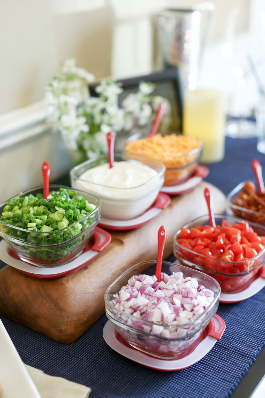 How To Set Up A Baked Potato Bar On Sixsistersstuff In Six Stripes Buffets (View 18 of 30)