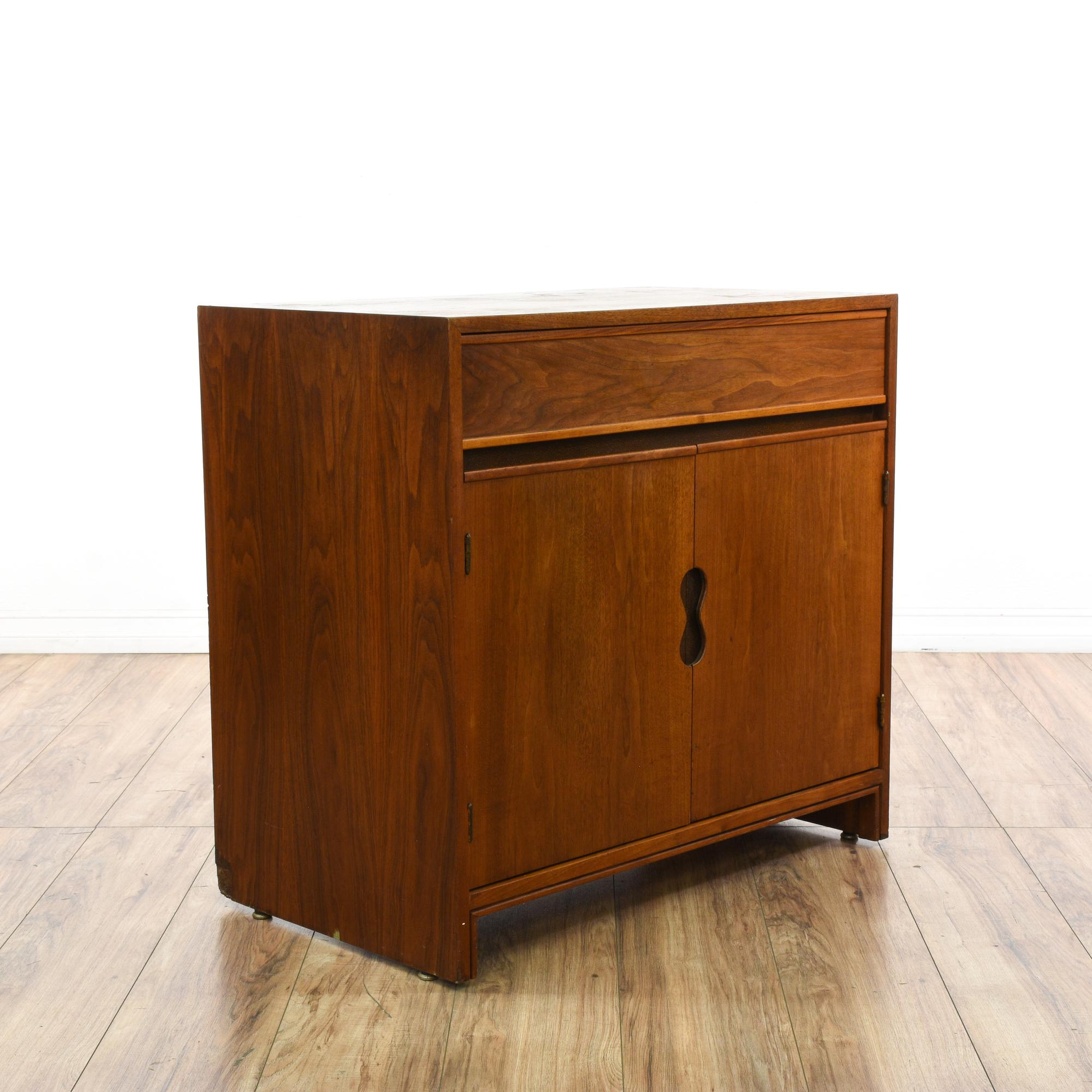 Mid Century Modern Buffet Bar Cabinet Loveseat Vintage Pertaining To Contemporary Wine Bar Buffets (View 21 of 30)