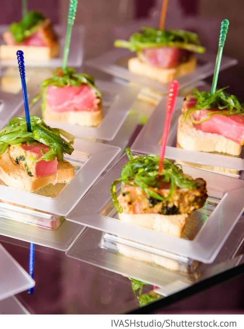 Snack Buffet Zur Hochzeit Beim Sektempfang | Buffet Inside Simple Living Maui Buffets (View 25 of 30)