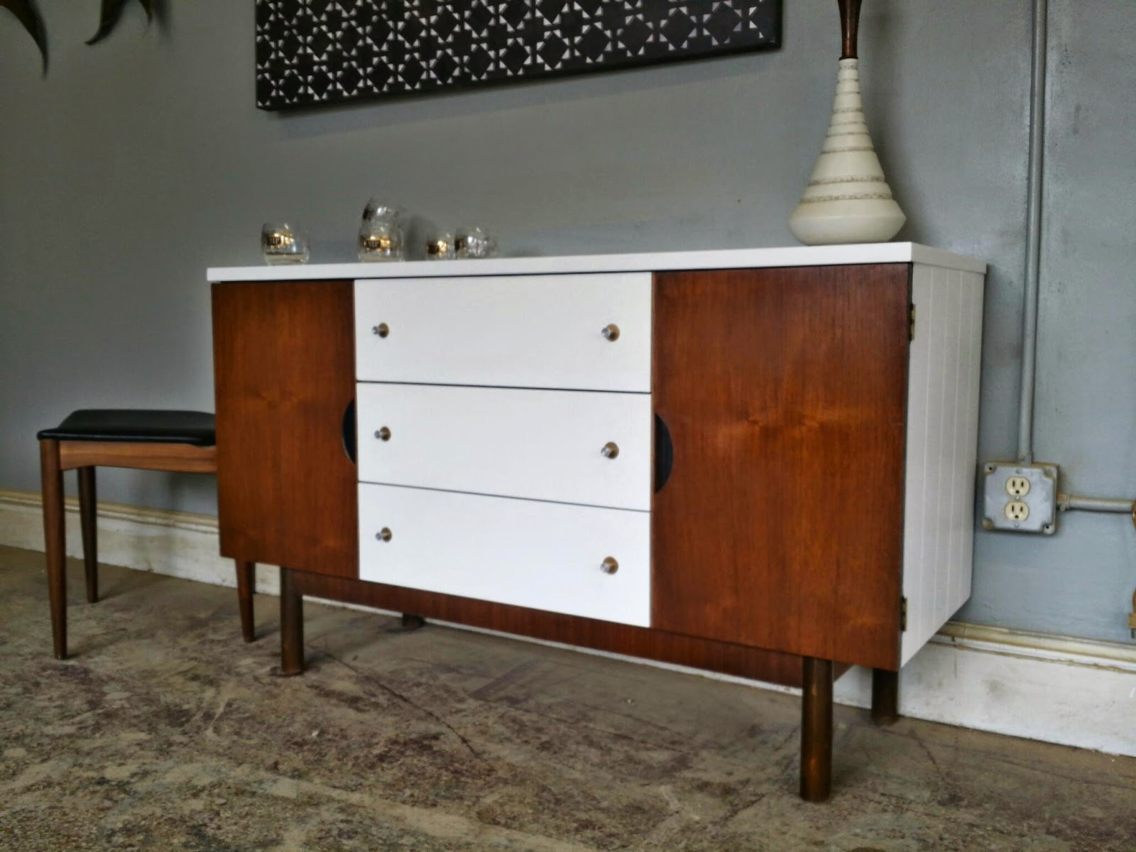 Vintage Ground: Mid Century White Wood Buffet / Media Within Mid Century White Buffets (View 4 of 30)