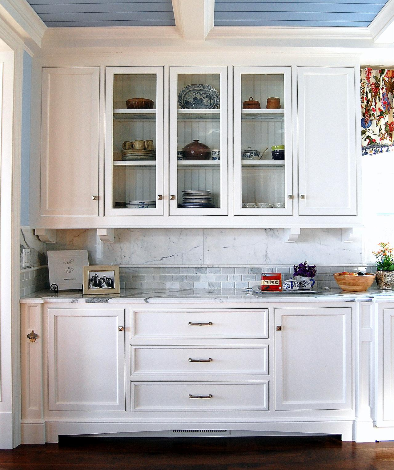 White Kitchen Buffet Cabinet — Cairocitizen Collection Inside Simple Living Antique White Kendall Buffets (View 14 of 30)