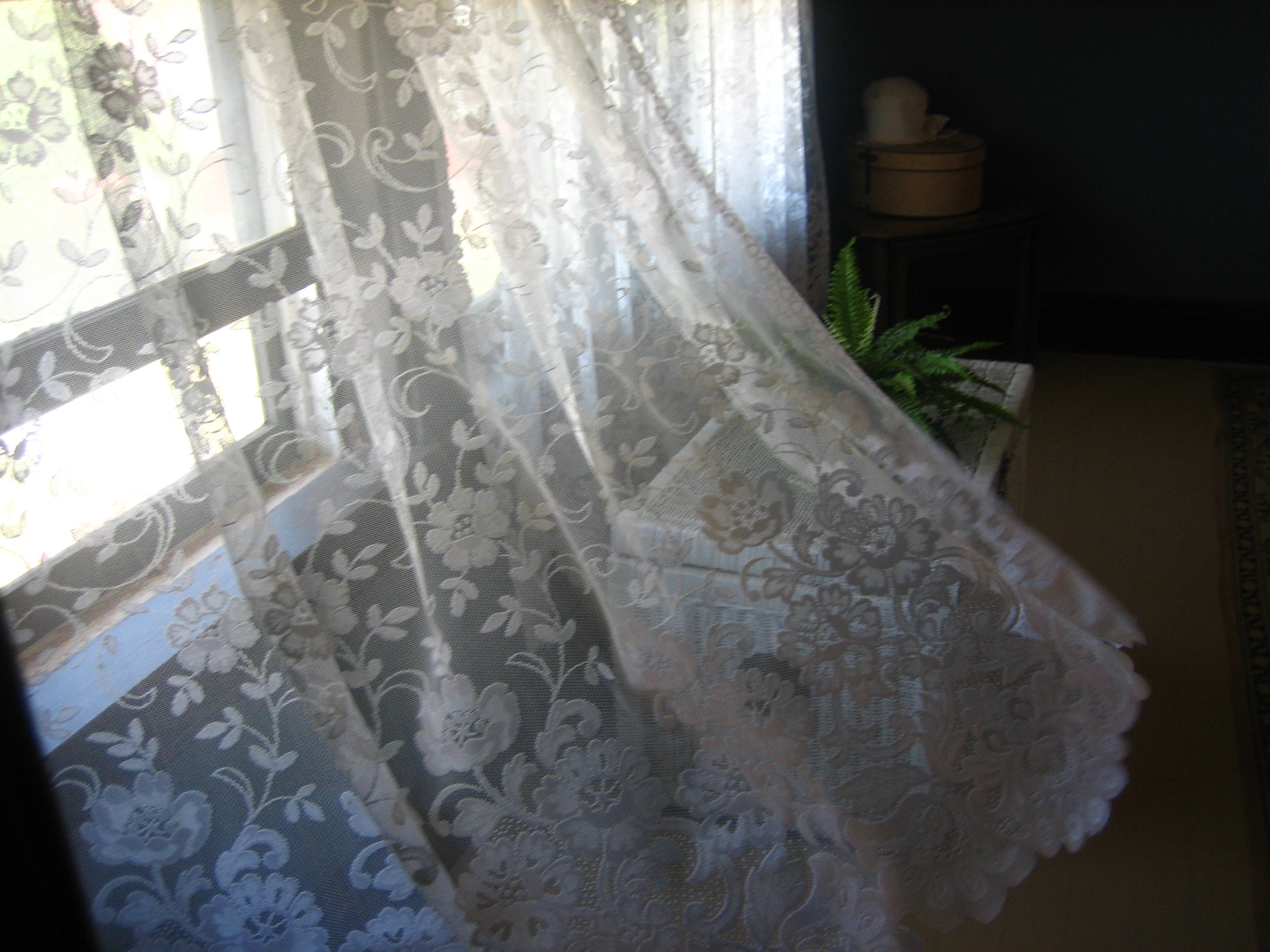 Curtain – Wikipedia Throughout Luxurious Old World Style Lace Window Curtain Panels (View 11 of 20)