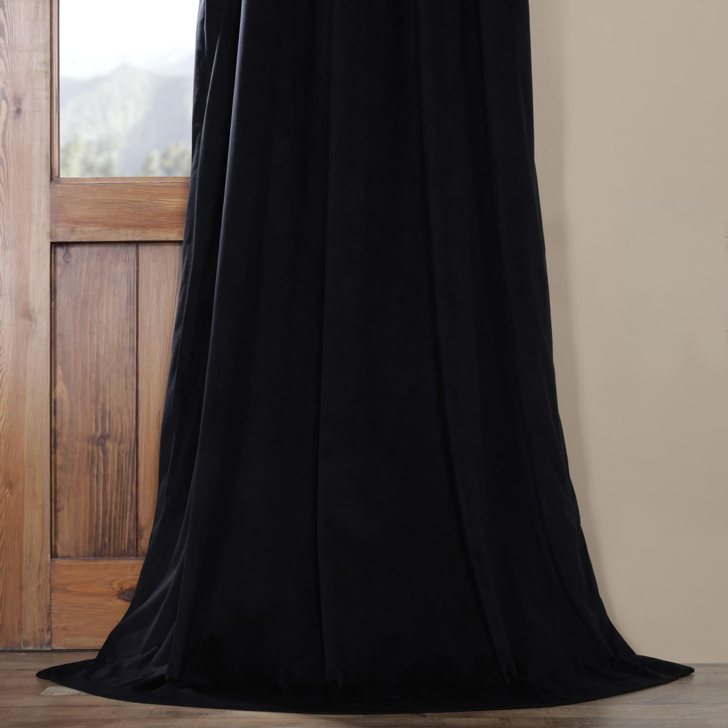 Details About Pleated Signature Blackout Velvet Curtain (So Intended For Signature Pinch Pleated Blackout Solid Velvet Curtain Panels (View 5 of 36)