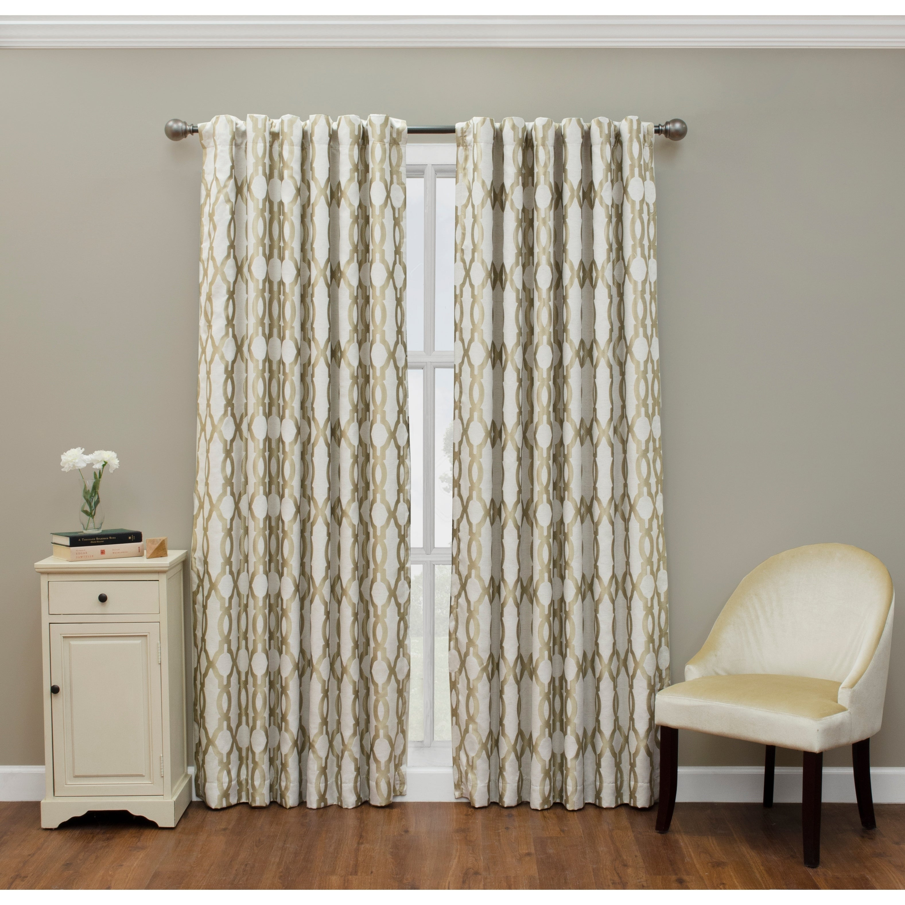 Eclipse Dixon Thermalayer Blackout Curtain With Eclipse Caprese Thermalayer Blackout Window Curtains (View 11 of 20)