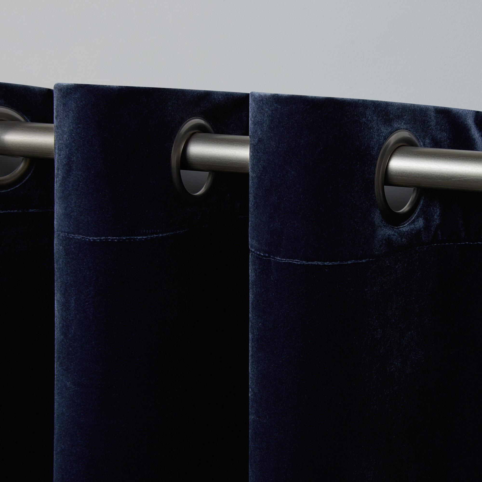 Exclusive Home Curtains 2 Pack Velvet Heavyweight Grommet Top Curtain Panels With Regard To Velvet Heavyweight Grommet Top Curtain Panel Pairs (View 11 of 30)
