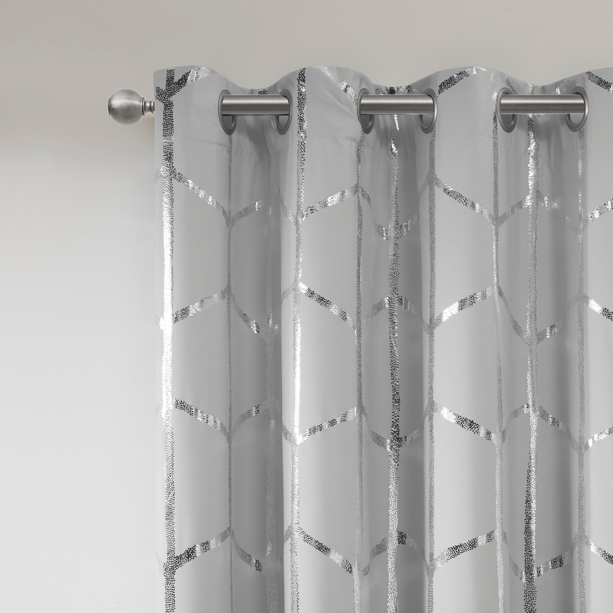 Intelligent Design Khloe Total Blackout Metallic Print Grommet Top Curtain Panel Regarding Total Blackout Metallic Print Grommet Top Curtain Panels (View 8 of 36)