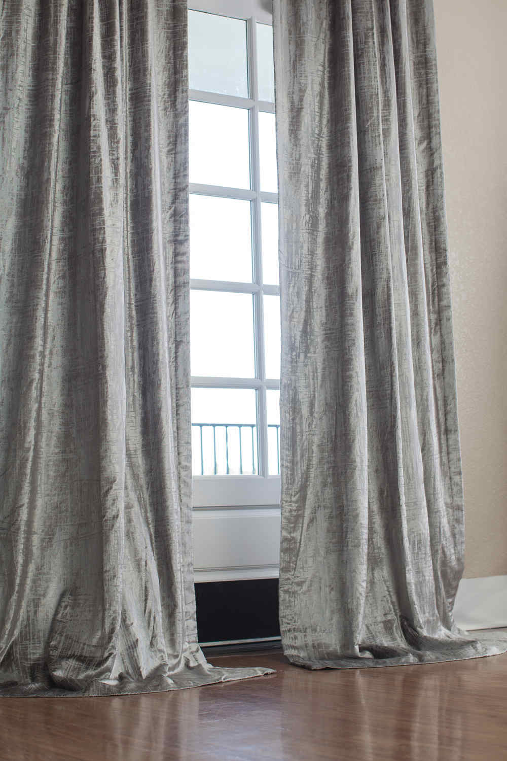 Lili Alessandra Moderne Silver Velvet / Silver Print Applique Drapery Panel Throughout Velvet Dream Silver Curtain Panel Pairs (View 20 of 31)
