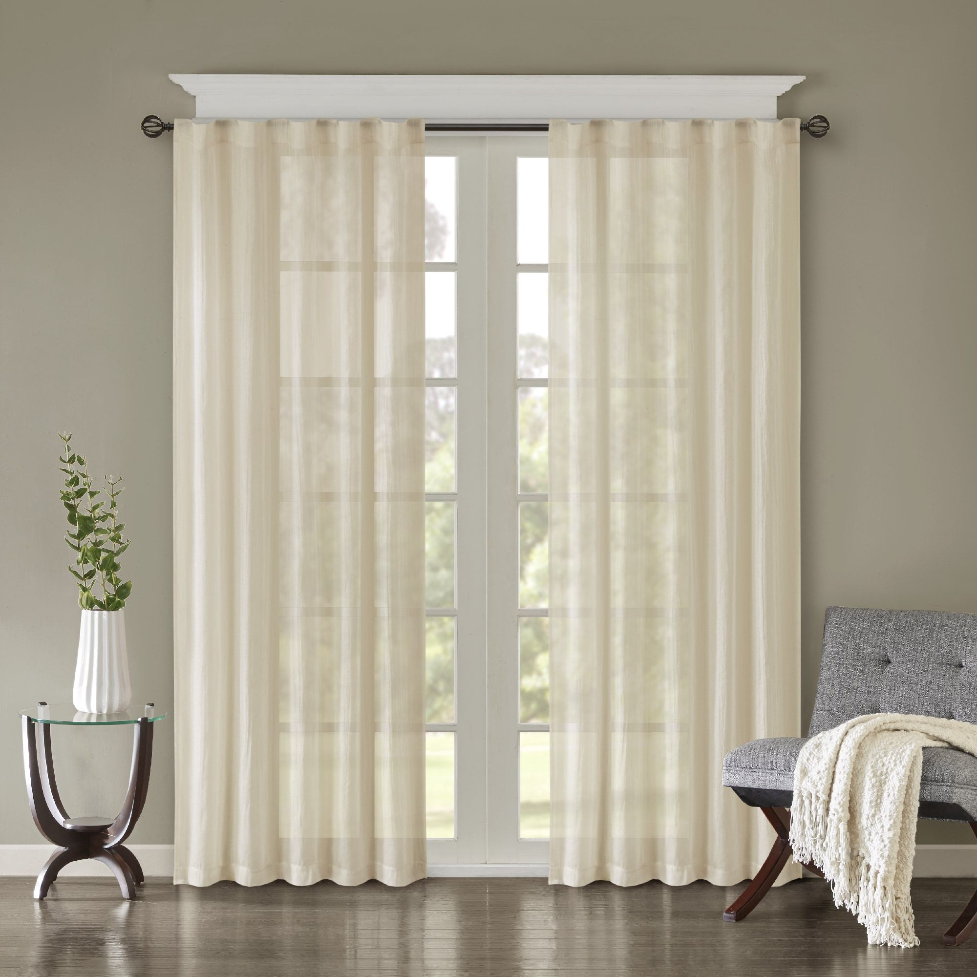 Madison Park Kaylee Lightweight Crushed Sheer Window Curtain With Regard To Kaylee Solid Crushed Sheer Window Curtain Pairs (View 7 of 20)