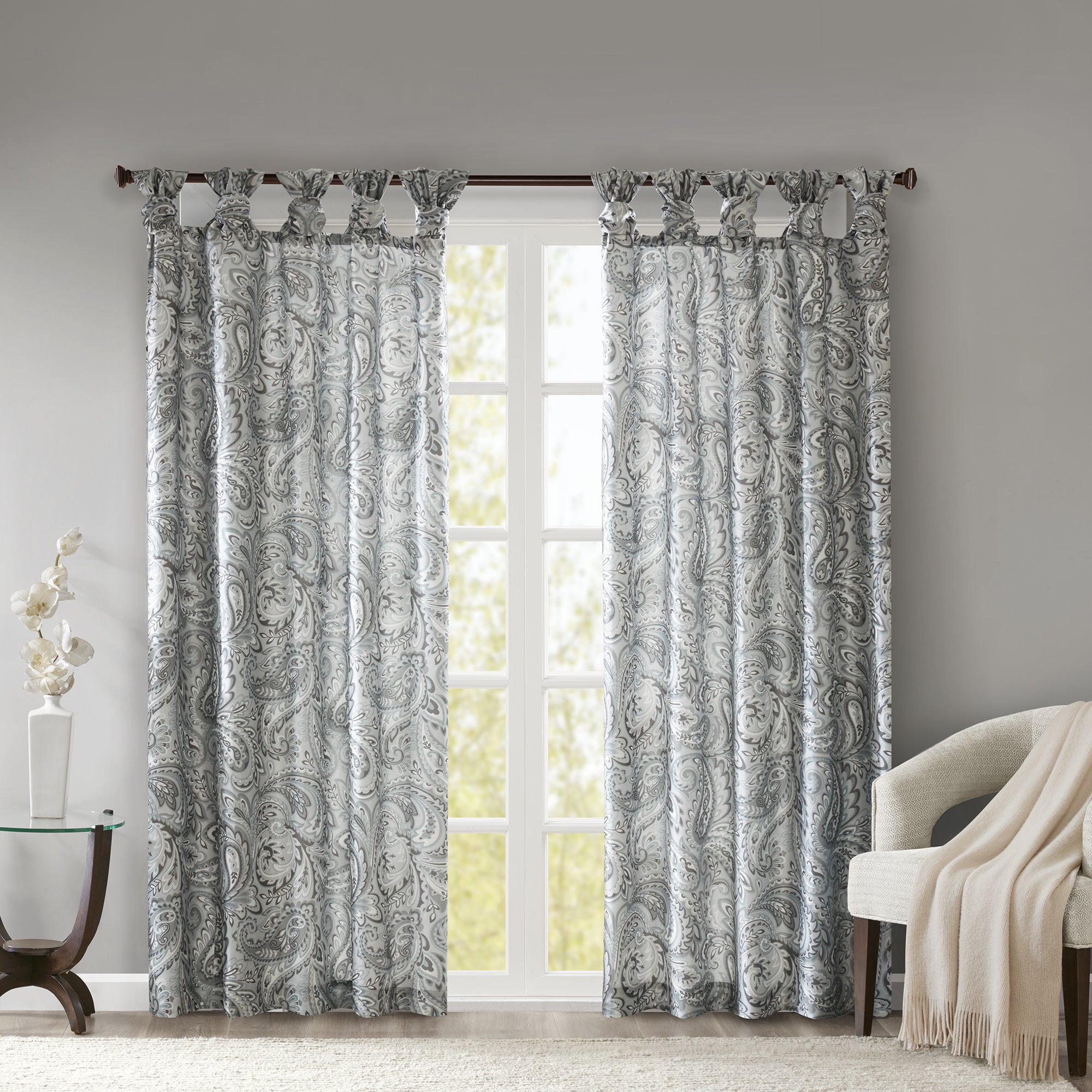 Madison Park Rosalie Twist Tab Paisley Printed Single Window Curtain Panel Regarding Sunsmart Dahlia Paisley Printed Total Blackout Single Window Curtain Panels (View 7 of 30)