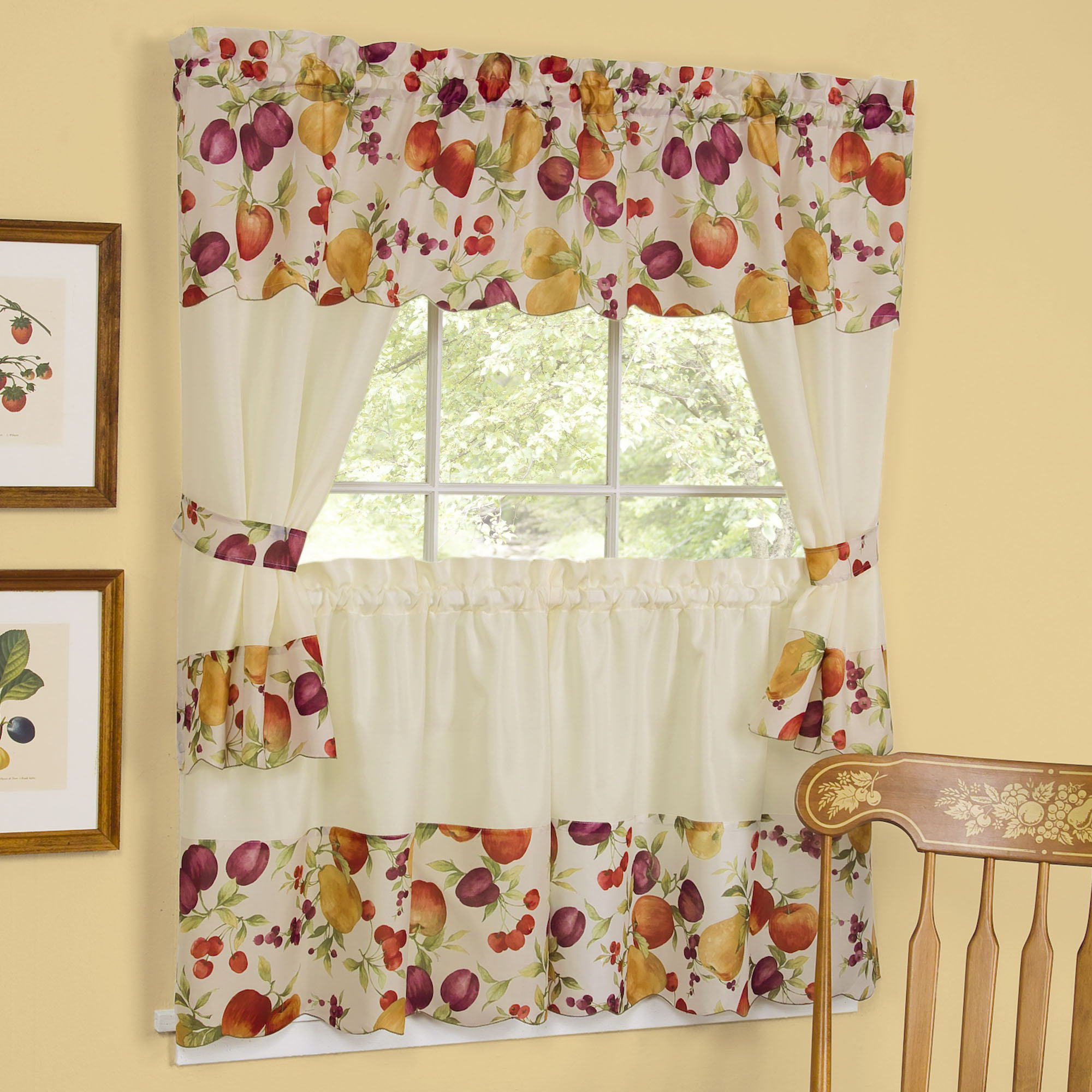 Amusant Latest Curtain Designs For Kitchen Corner Ideas With Classic Kitchen Curtain Sets (View 5 of 20)