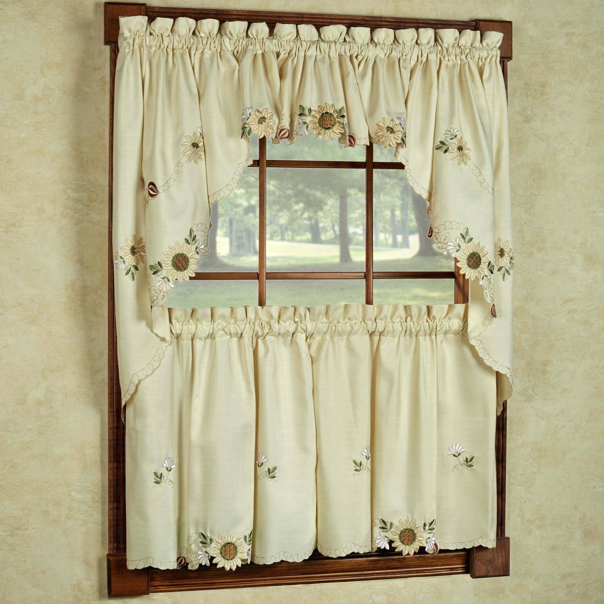 Popular Photo of Classic Kitchen Curtain Sets