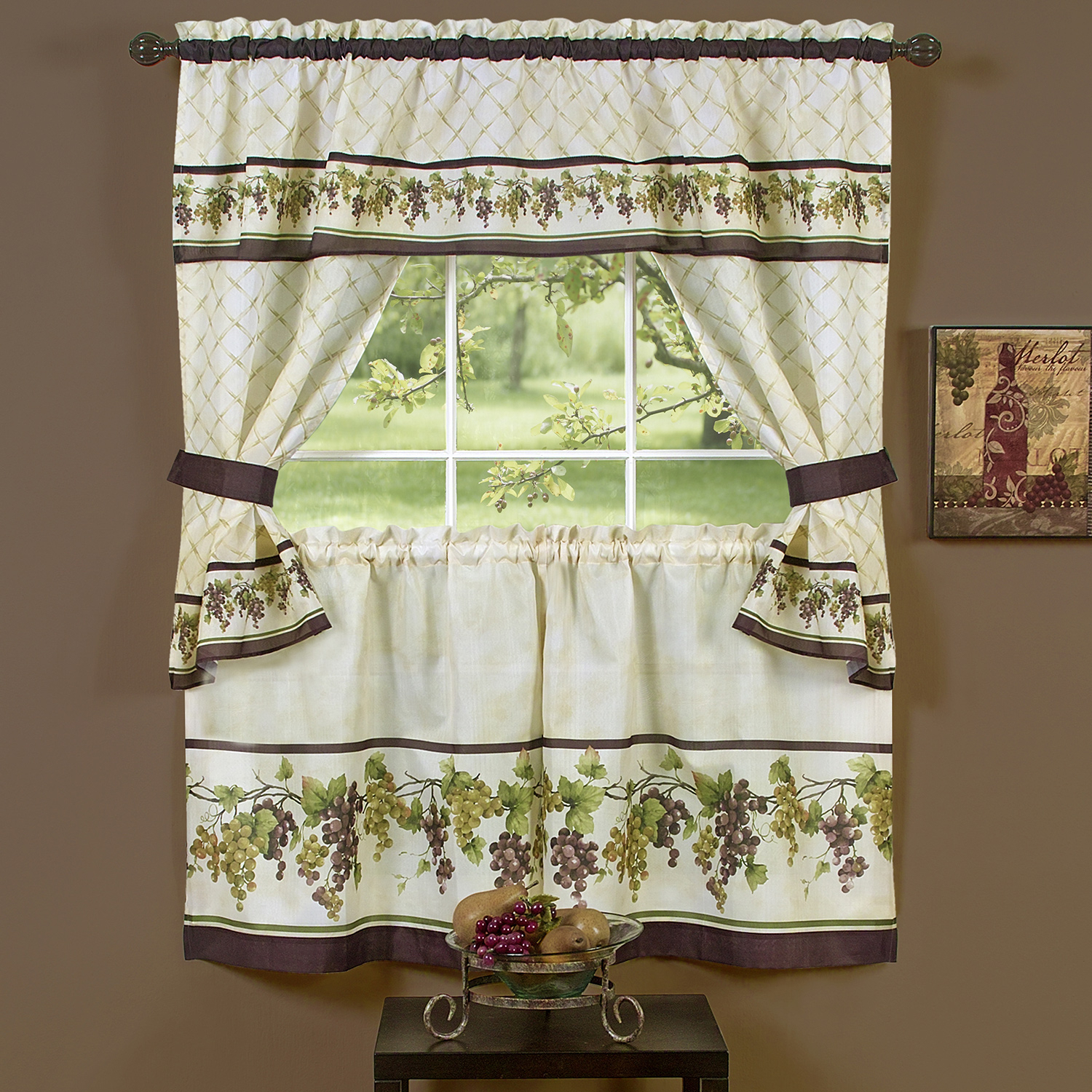 Popular Photo of Complete Cottage Curtain Sets With An Antique And Aubergine Grapvine Print