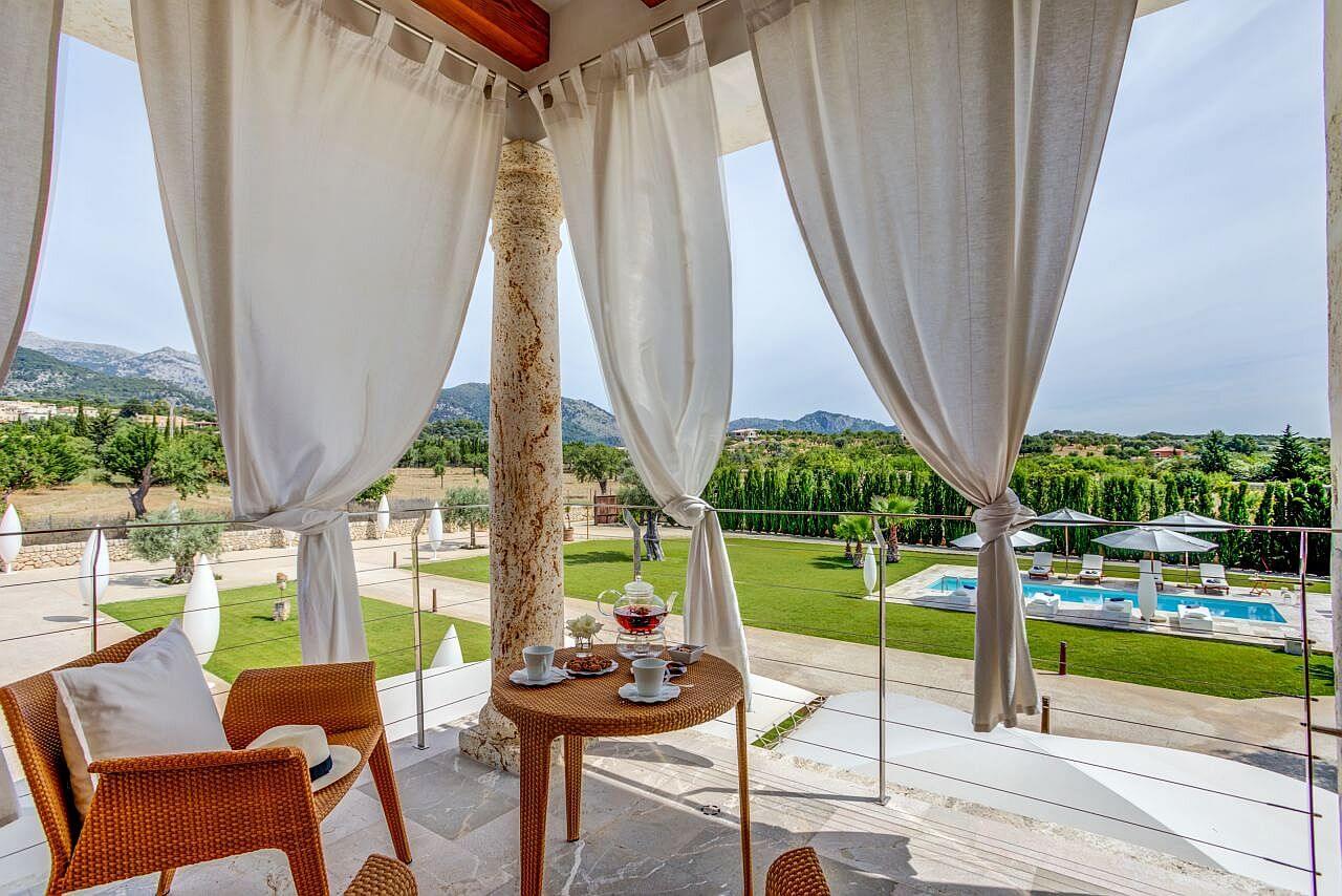 Finca La Vida | Mallorca | Luxuriöse Finca Bei Landmark Mieten With Regard To La Vida Window Curtains (View 18 of 20)