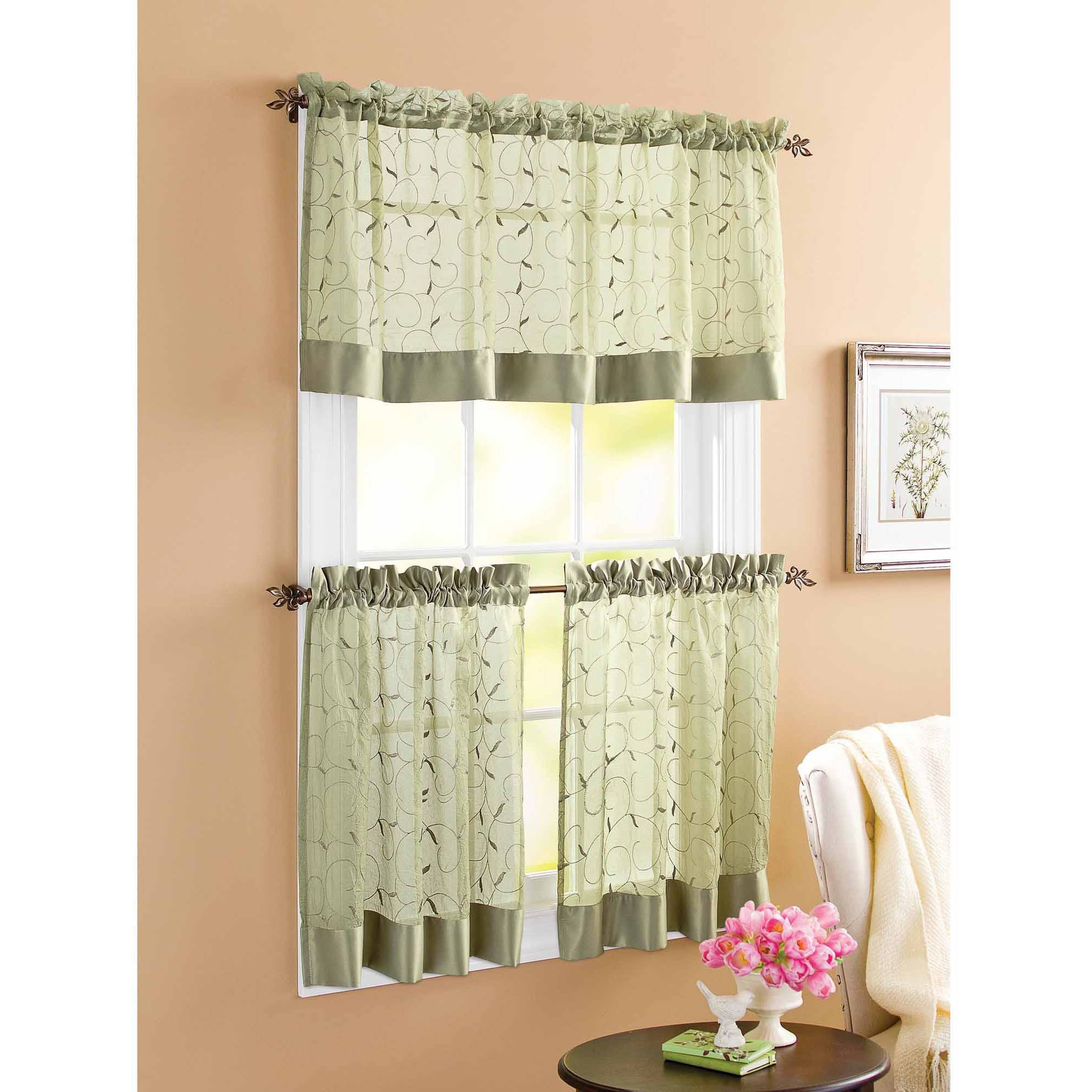 Hervorragend Red And White Swag Kitchen Curtains Window In Grey Window Curtain Tier And Valance Sets (View 10 of 20)