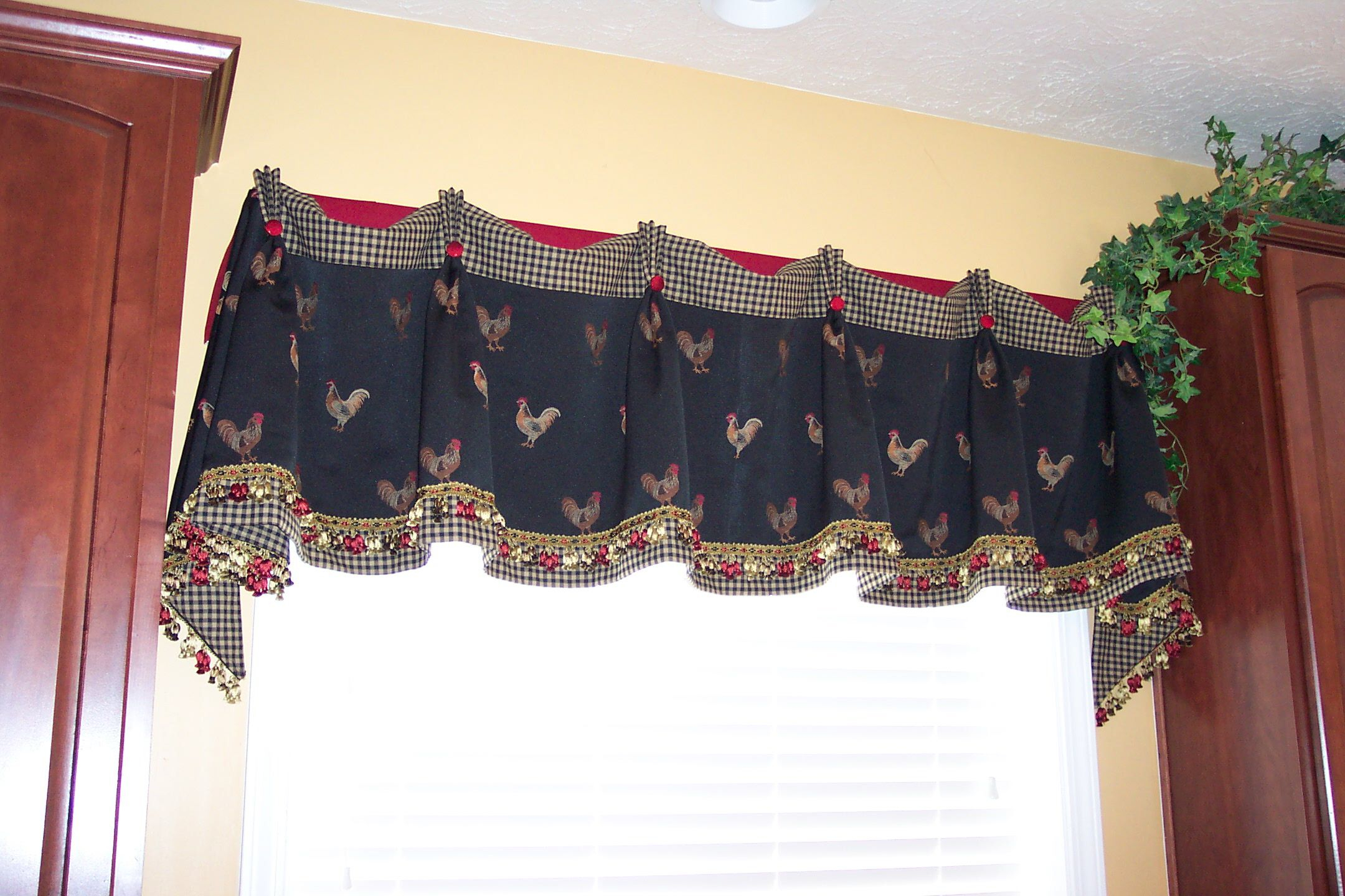 Kitchen Rooster Valance | Valance, Room Decor Bedroom For Traditional Two Piece Tailored Tier And Swag Window Curtains Sets With Ornate Rooster Print (Gallery 10 of 20)
