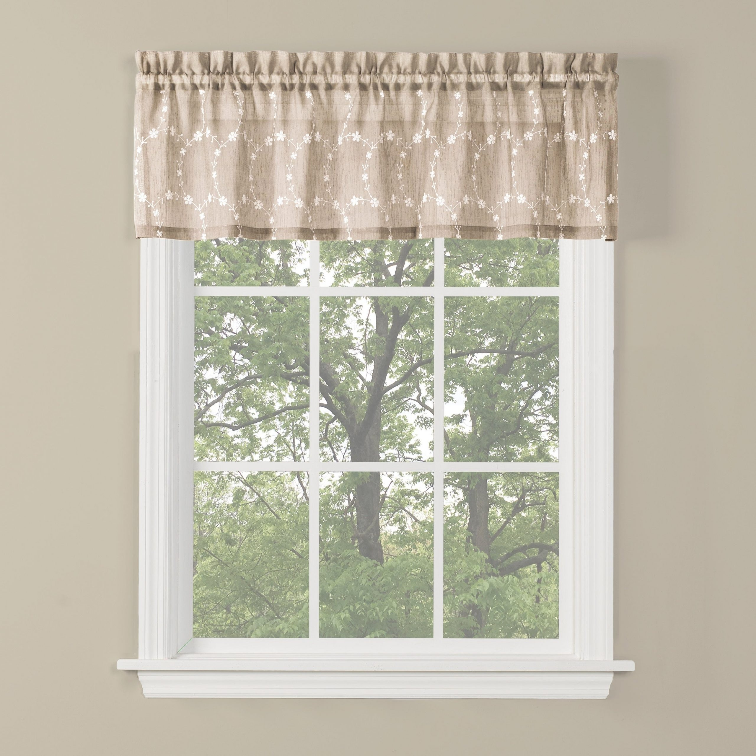 Skl Home Briarwood 13 Inch Valance In Wheat with Dexter 24 Inch Tier Pairs in Green (Image 16 of 20)