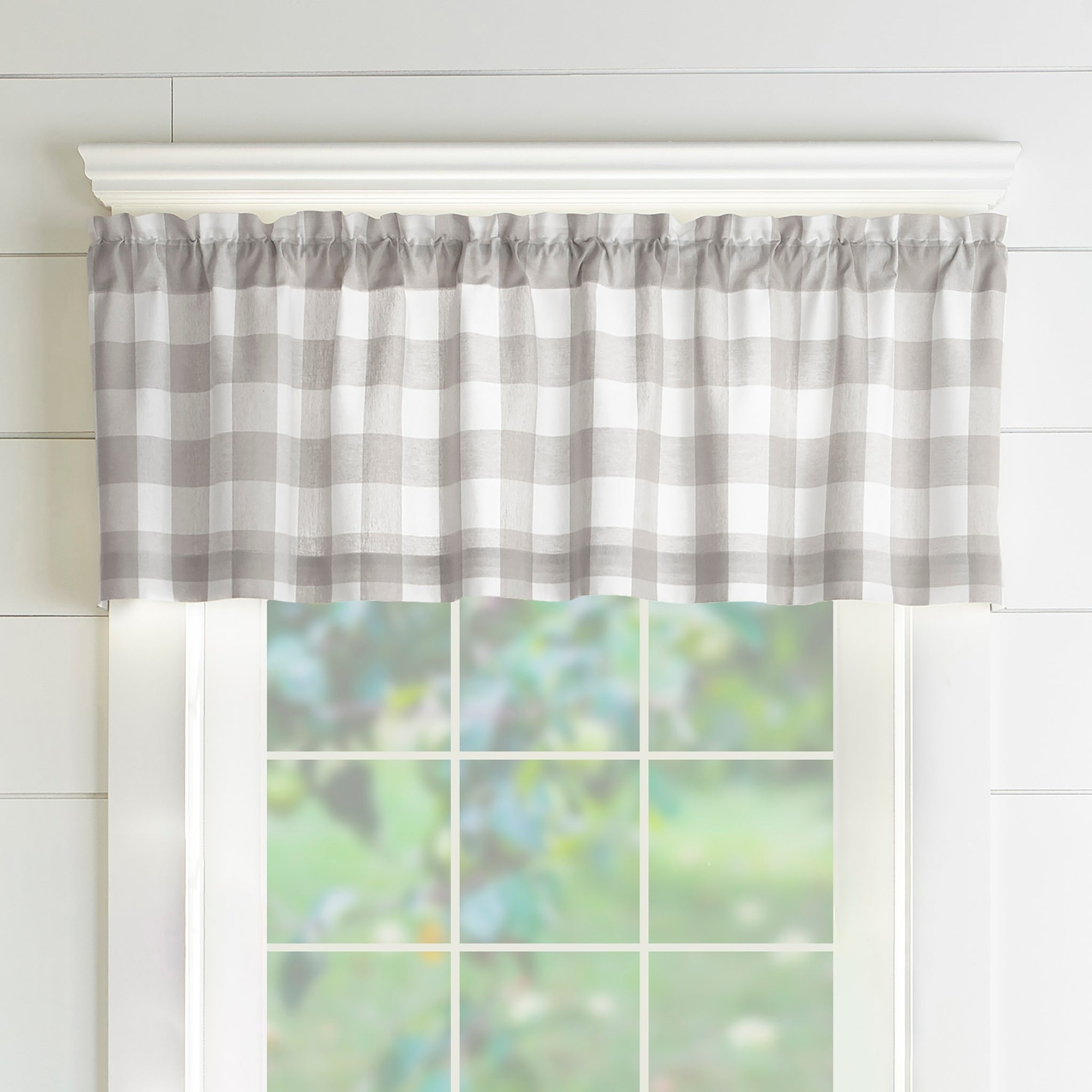 The Gray Barn Emily Gulch Buffalo Check Kitchen Window Valance Regarding Grandin Curtain Valances In Black (View 5 of 20)