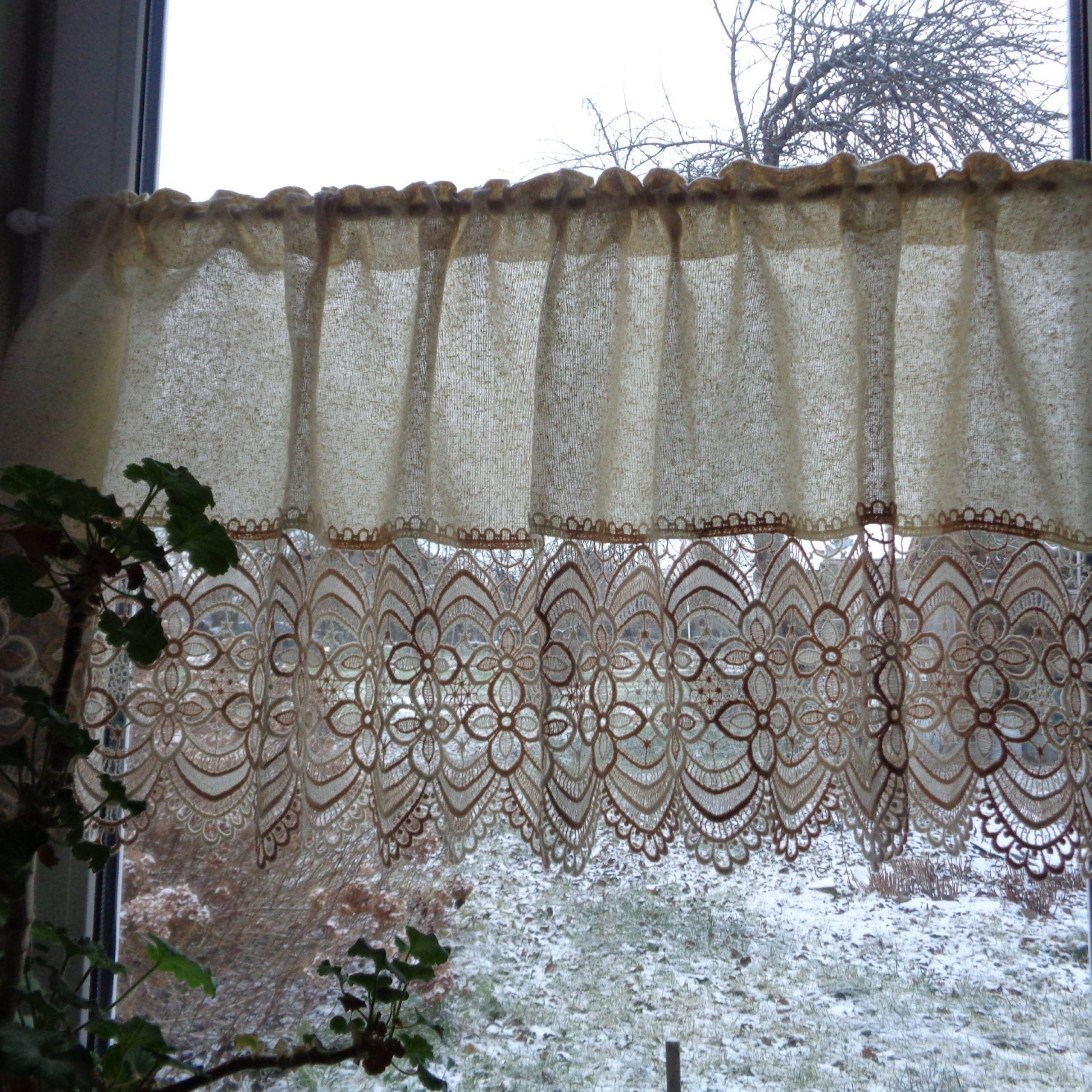 """Vintage Fabric & Lace Curtain; Beige Privacy Curtain With Venice Lace H22""""x W56"""" Rustic Curtain, Kitchen Curtain; Cottage Chic Curtain Intended For Ivory Knit Lace Bird Motif Window Curtain (View 19 of 20)"""