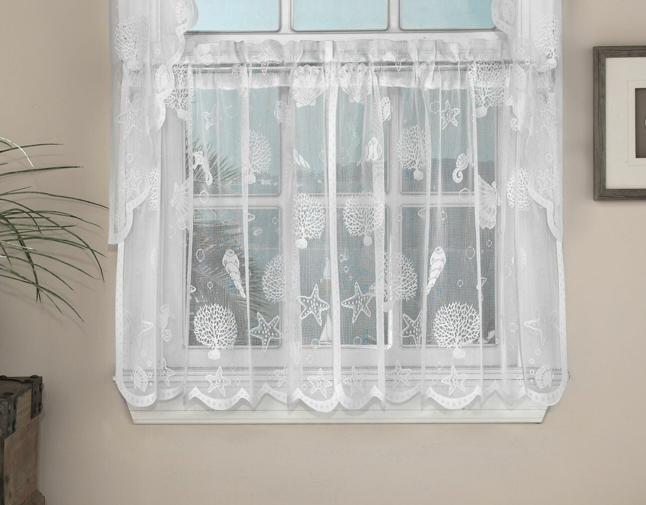 Wynter Corales De Marina Cafe Curtain Throughout Marine Life Motif Knitted Lace Window Curtain Pieces (View 16 of 20)
