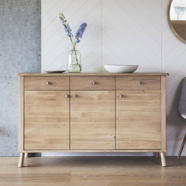 "Wycombe Oak 3 Drawer Sideboard | 목재 가구, 가구 Regarding Nahant 36"" Wide 4 Drawer Sideboards (View 5 of 15)"