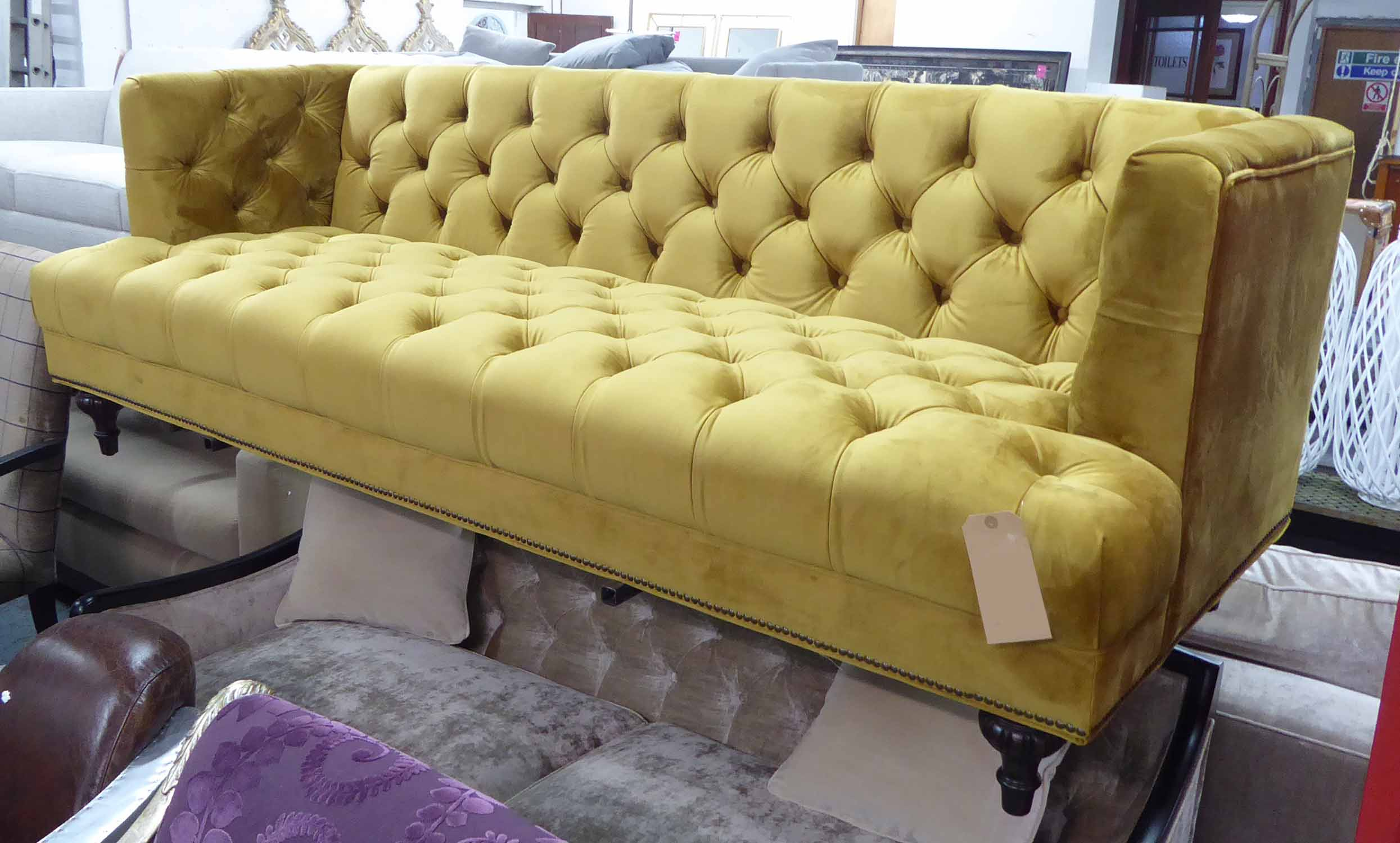 Artsome For Coach House Sofa, Mustard Buttoned Finish In French Seamed Sectional Sofas Oblong Mustard (View 4 of 15)