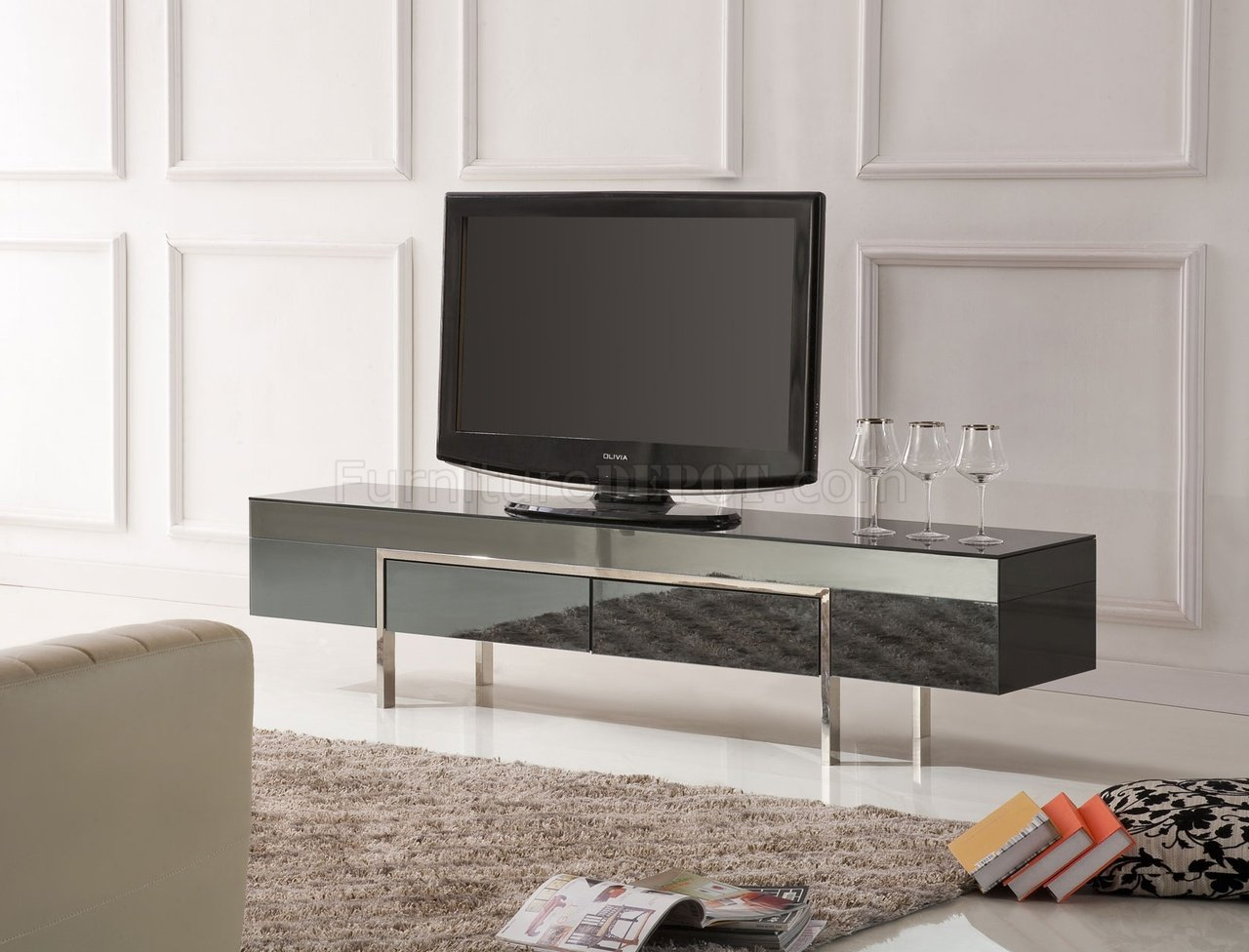 Black High Gloss Laquer Finish Modern Tv Stand W/metal Legs For Baby Proof Contemporary Tv Cabinets (View 10 of 15)