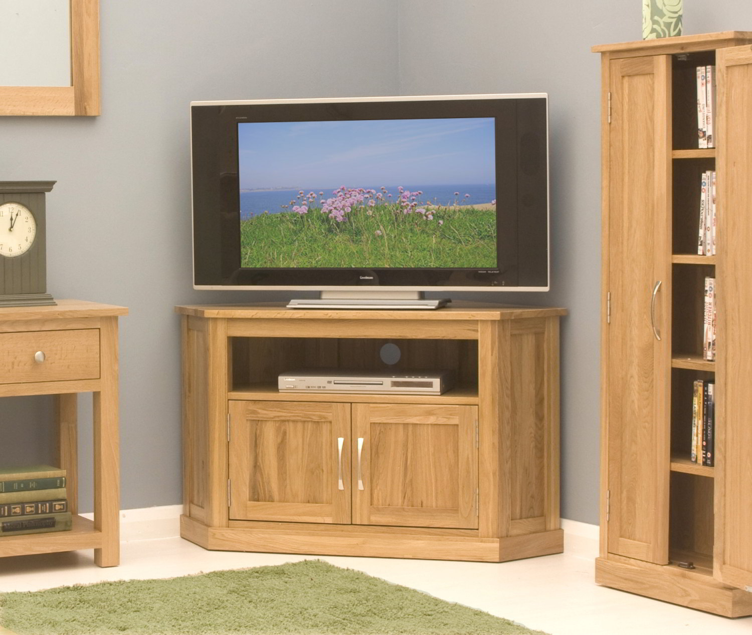 Conran Solid Oak Living Room Furniture Corner Television Intended For Corner Tv Cabinet With Hutch (View 13 of 15)