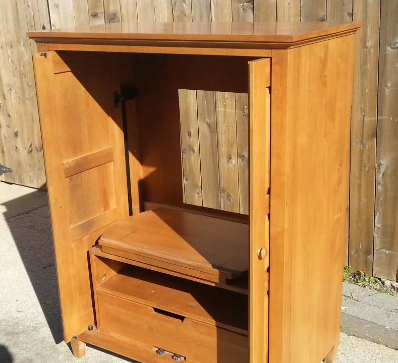 Ethan Allen Country Colors Maple Tv Cabinet | Ebay Regarding Maple Tv Cabinets (View 8 of 15)