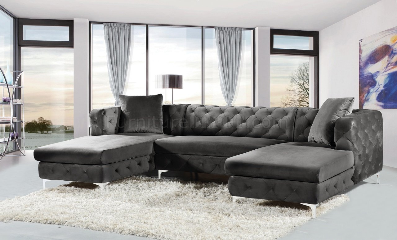 Gail Sectional Sofa 664 In Grey Velvet Fabricmeridian In French Seamed Sectional Sofas In Velvet (View 4 of 15)