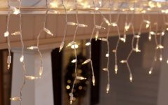 Hanging Outdoor Christmas Lights Without Nails