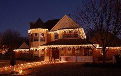 Hanging Outdoor Christmas Lights Around Windows